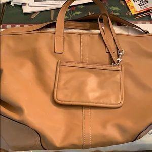 Large coach bag with clutch